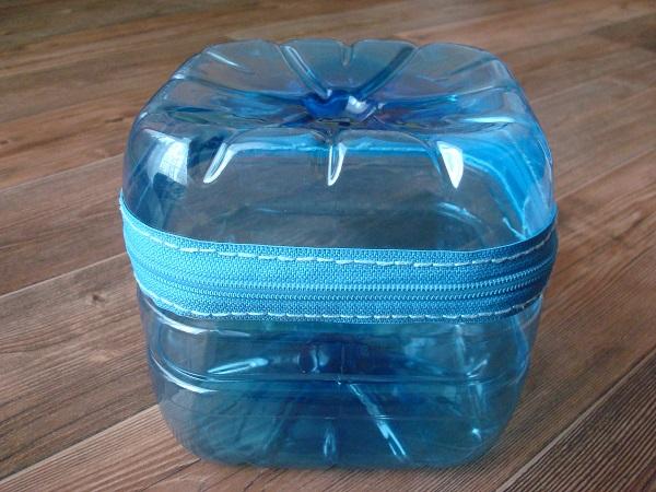 Krabička z PET lahví