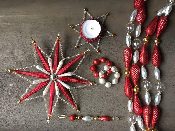 Perličkové vánoční ozdoby Poniklá.